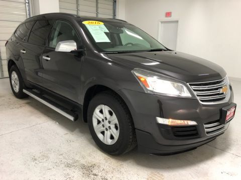 Pre-Owned 2016 Chevrolet Traverse LS FWD 4D Sport Utility