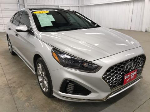 Pre-Owned 2019 Hyundai Sonata Limited 2.0T FWD 4D Sedan